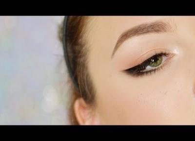 INNA KRESKA Makijaż z roztartą czarną kreską
