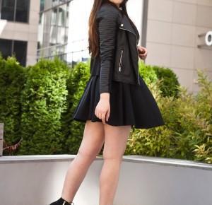 Czarna sukienka / Black Dress | Feather