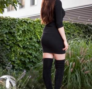 Mała czarna kozaki za kolano / Little Black Overknee Boots Outfit - Feather - Mój sposób na modę