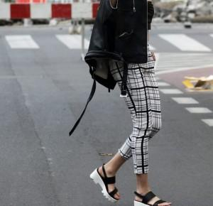 Rebel girl in checked pants | Ajson Serwus