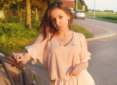 Dziewczęca stylizacja | Różowa sukienka