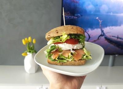 Prosty przepis na FIT BURGER - idealny na Twoje śniadanie! - XaviLove