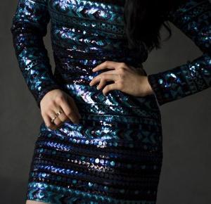 Mieniąca się sukienka