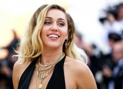 Inspirujemy się stylem Miley Cyrus! Tańsze wersje stylizacji!
