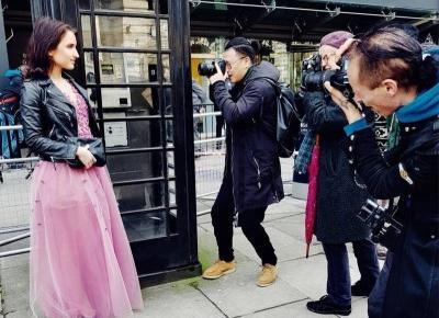 Reporterka CNN zachwyciła na London Fashion Week w sukni polskiej projektantki