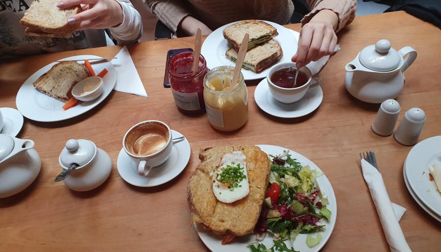 śniadanie na mieście