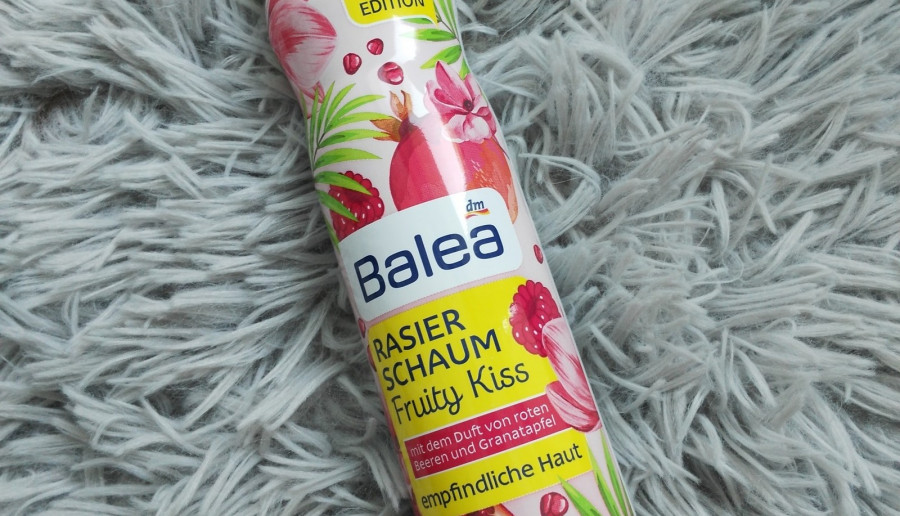 Pianka do golenia Fruity Kiss z Balea.
