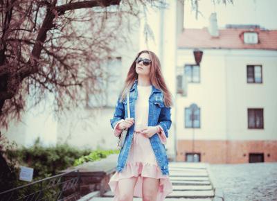 różowe drzewo - różowa sukienka