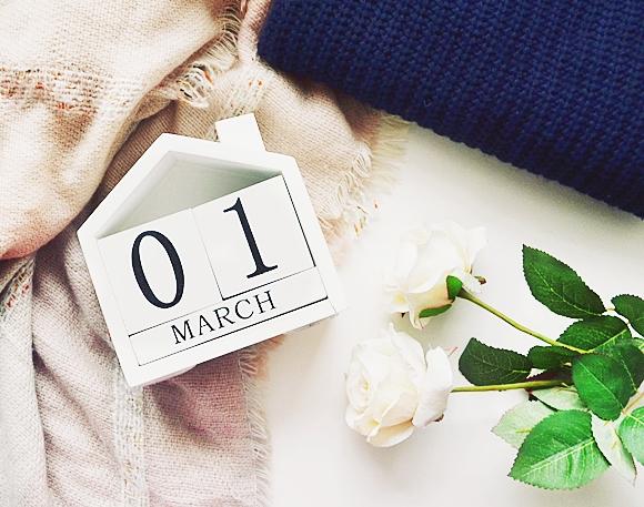 początek marca