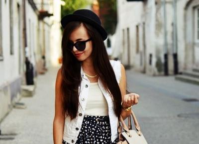spódniczka i kapelusz