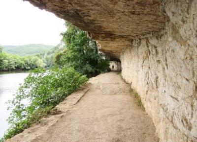 Ścieżka holownicza w Oksytanii, kiedyś miejsce wysiłku dla koni dziś malownicza promenada dla turystów | Architect of free time