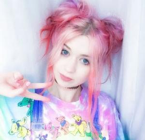 Asami world:  Pastel Goth Inspirations ~ Hairstyles