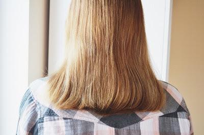 Laminowanie włosów żelatyną.