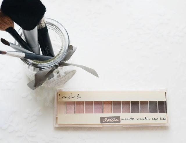 Driana: RECENZJA: Lovely classic nude make up kit