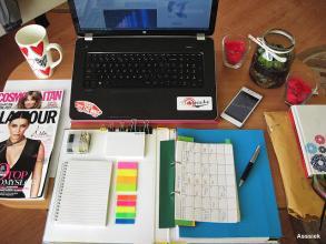 """Live Your Life: Organizacja czasu i pracy – czyli Asssiek jako """"pilna"""" studentka"""