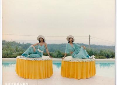 """Filmowy świat Wesa Andersona w najnowszej kampanii Reserved """"Twin Room"""". Kolekcja nawiązuje do lat 70. - Glamour.pl"""