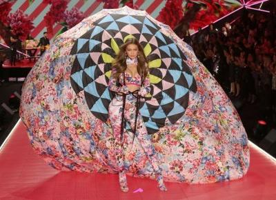 Victoria's Secret 2018: już dziś polska stacja telewizyjna pokaże relację z Victoria's Secret Fashion Show 2018! - Glamour.pl