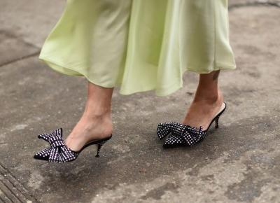 Trendy 2019: Modne i wygodne buty na wesele, w których przetańczysz całą noc! - Glamour.pl