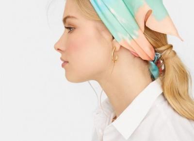 Trendy 2019: Modne apaszki, biżuteria z muszelkami, ozdoby do włosów i inne dodatki, dzięki którym odświeżycie swoją garderobę na wiosnę! - Glamour.pl