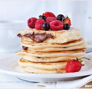 Pancakes z Nutellą w środku