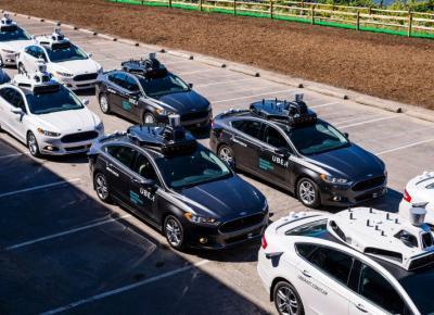 Uber wprowadza samobieżne pojazdy! Gdzie pojedziemy autem bez kierowcy?