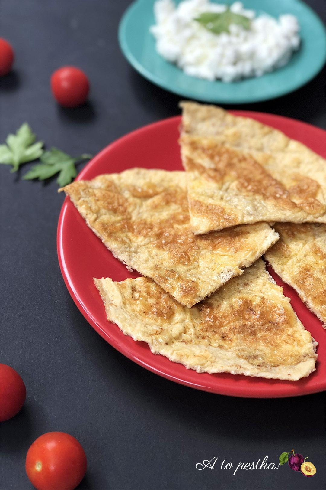 Omlet z twarożkiem - fit śniadanie na słono - A to pestka!
