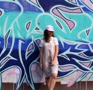 AwesomeMila Style : pink dress | alien cap
