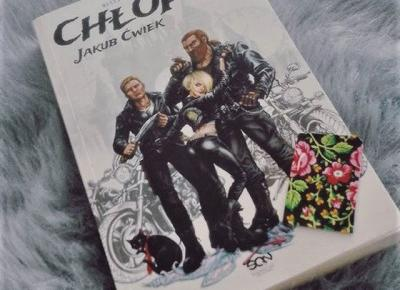 Aya &  books: Jakub Ćwiek