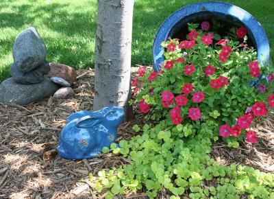 Kwiaty Wylewające Się z Donicy - Nowy Trend W Ogrodnictwie