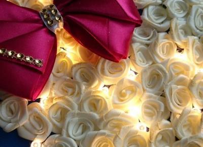 Für Kinder - Bild Dekoration Herz mit Rosen LED-Leuchten30x30cm - ein Designerstück von atelier-house-decor bei DaWanda