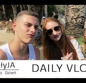 Kto dotknie włosów Seleny Gomez? [ Daily Vlog Adam i Kuba Zdrójkowscy, littlemooonster96 ]