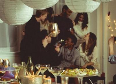 Chcesz zjeść kolację u dowolnej osoby na świecie? EatWith nowa aplikacja, która Ci to umożliwi