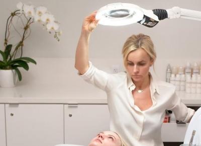 5 podstawowych zasad pielęgnacji skóry według kosmetyczki klanu Kardashian - Jenner, Joanny Czech | Bassement