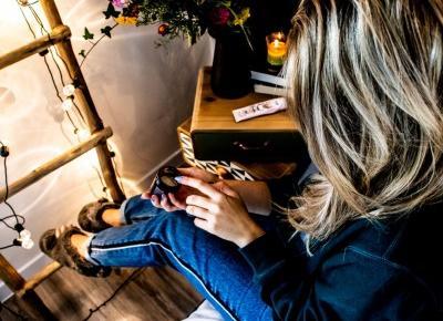 Jaki krem pod oczy wybrać? Jakie składniki w kremie pod oczy omijać? - BeautypediaPatt | blog urodowy