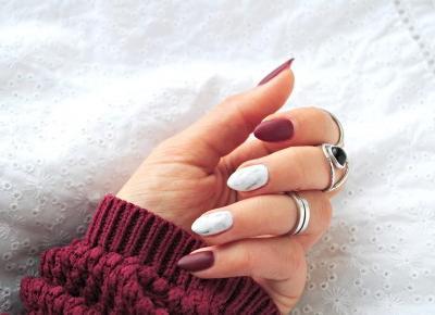 Jak wykonać paznokcie marmurkowe? - zdobienie - BeautypediaPatt | blog urodowy