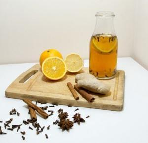 Bee: Rozgrzewająca herbata - przepis