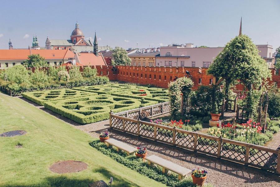 Nietypowe zwiedzanie Krakowa. – BeforeAnkaDies