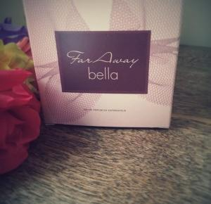 wildstrawberryand: Avon Far Away Bella