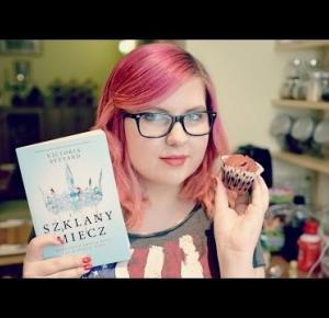Muffiny Czerwonej Królowej - wariacja na temat Red Velvet Muffins