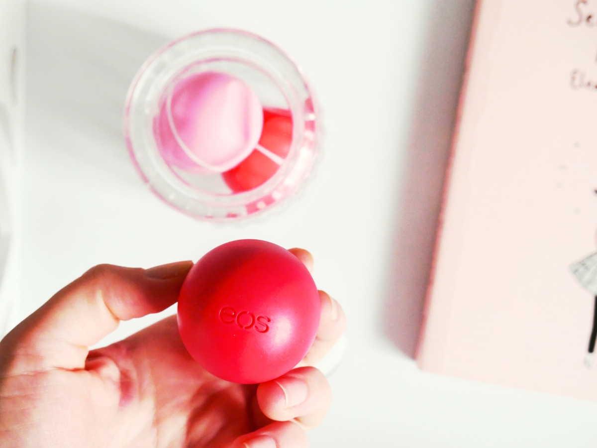 Pielęgnacja ust czyli balsamy do ust z dobrym składem z Rossmanna