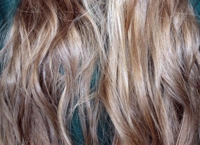 Czy podcinanie włosów podczas ich zapuszczania ma jakiś sens?