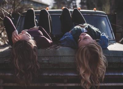 Jak utrzymać przyjaźń z swoją przyjaciółką?