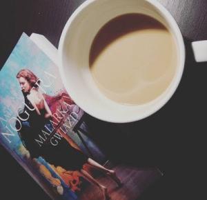 Lifestyle by Ladyflower.: Kącik czytelniczy: Amelia Noguera