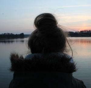 LEPIEJ ZALICZAĆ SIĘ DO NIEKTÓRYCH, NIŻ DO WSZYSTKICH.         |         always be yourself