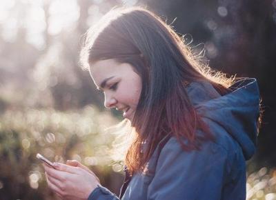 Uzależnienie od telefonu opłakane w skutkach – uwolnij się! Sprawdź, co telefon robi z Twoją psychiką. | Choleryczka.pl