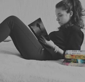 Clauditta: Czytam, czyli rozwijam wyobraźnię   akcja