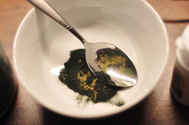 Naturalne kosmetyki za pół darmo - peeling do ciała, sól do kąpieli, maseczka z alg i balsam antycellulitowy