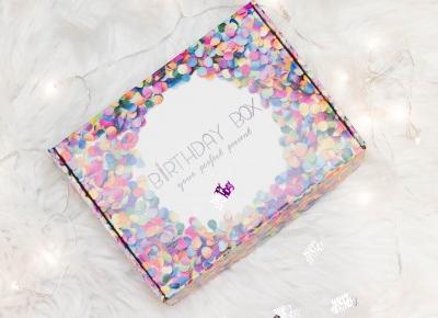 Birthday Box - prezent idealny, czyli pudełko urodzinowe - Czary-Marty