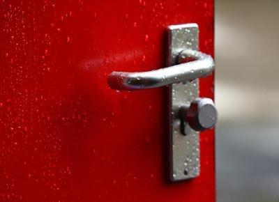 Jakie wybrać drzwi zewnętrzne do domu jednorodzinnego? - Czary-Marty