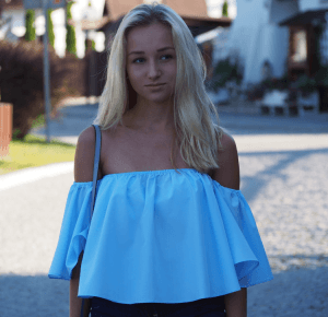 ROSEGAL BABY BLUE TOP – DALENA DAILY